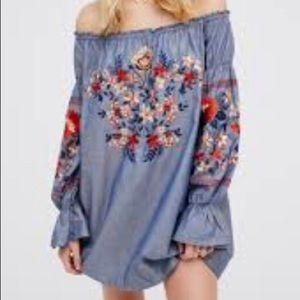 Free People Dresses - Free People Off the Shoulder Floral Dress